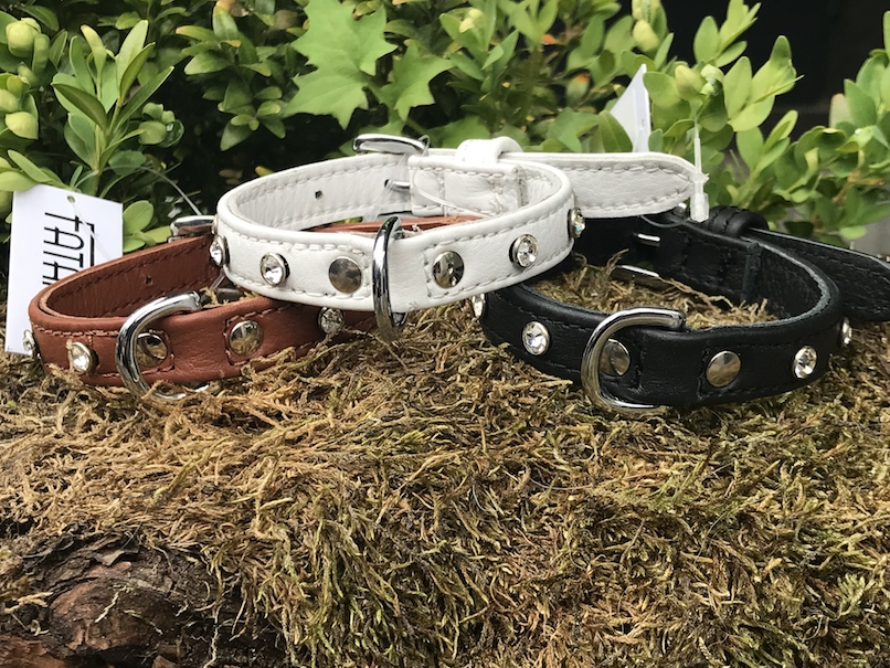 FATANO Hundehalsband Leder 20-30 cm MINI Halsband Strass Lederhalsband H5006